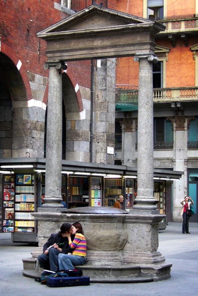 Piazza_Mercanti_a_Milano